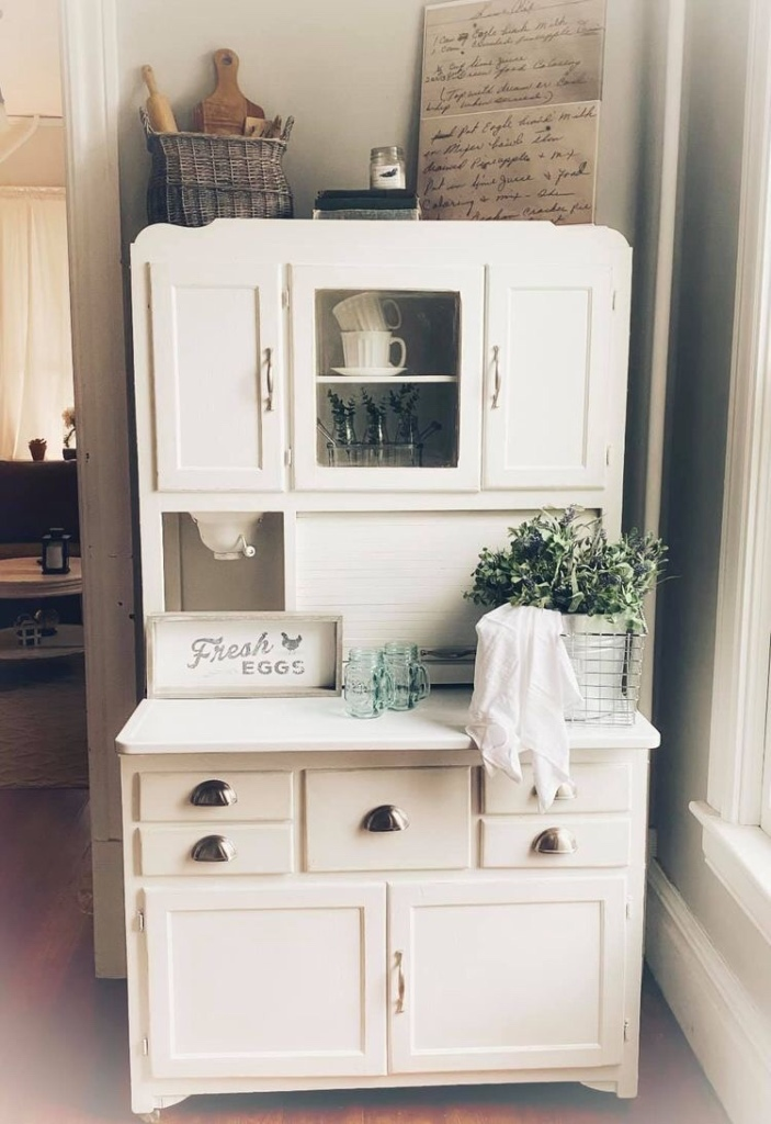 Vintage Hoosier unit /  cabinet