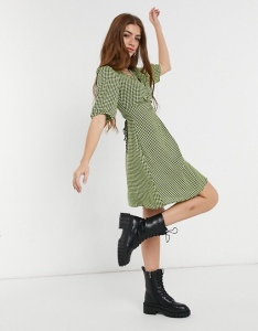New Look ruched bust mini tea dress in green gingham