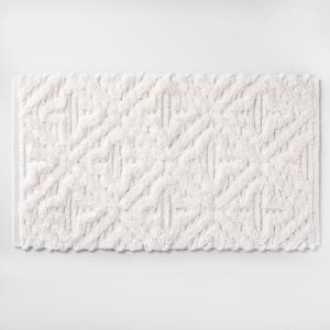 Textured diamond shag bath rug cream