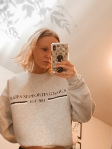 Babes supporting babes cropped crew neck