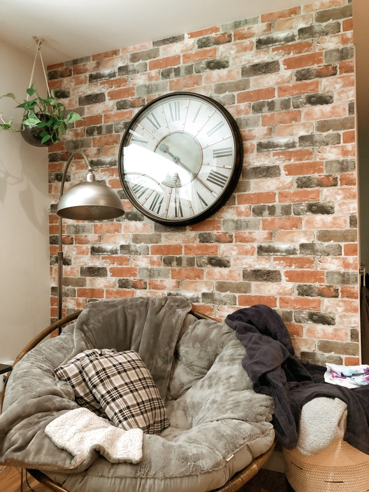Our faux brick accent wall & how we didit!