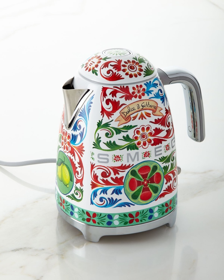The prettiest tea kettles you'll eversee