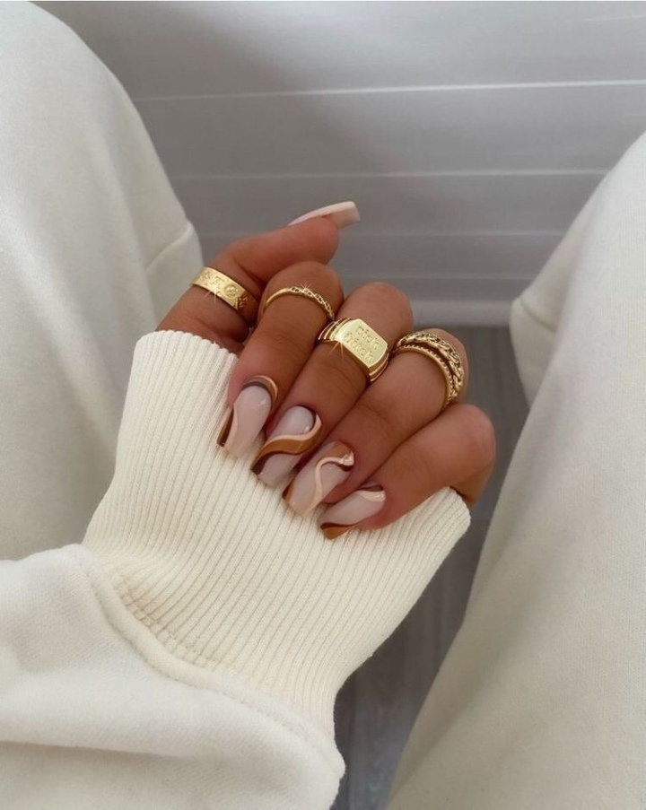 Trendy Fall Inspired Nails2021